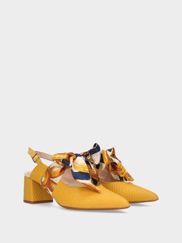 Chaussure À Talon Moyen