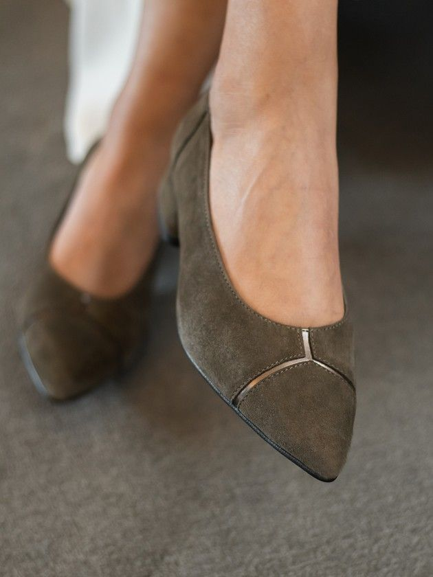 Medium Heel Shoe