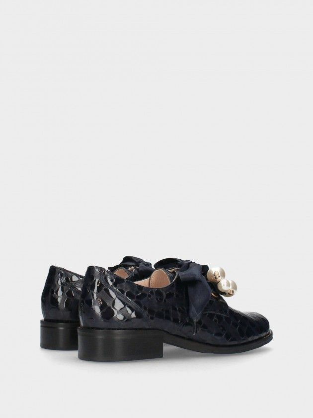 Flat Heel Shoe