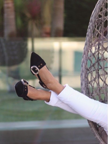 Sapato de Salto Baixo